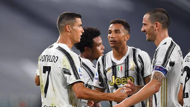 Soi kèo bóng đá trận Juventus vs Torino, 0h00 – 6/12/2020