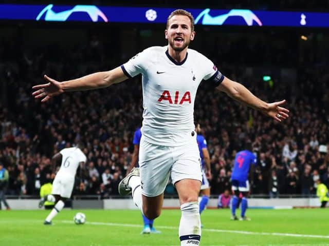 Soi kèo bóng đá trận Wolves vs Tottenham, 02:15 – 28/12/2020