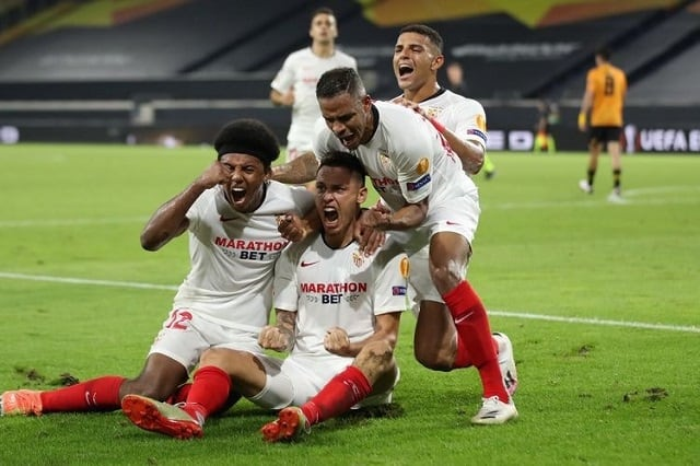 Soi kèo bóng đá trận Sevilla vs Cadiz, 22h15 – 23/1/2021