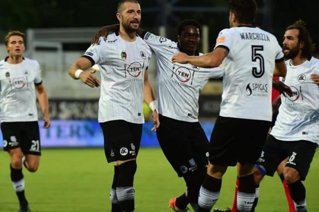 Soi kèo bóng đá trận Spezia vs Sampdoria, 2h45 – 12/01/2021