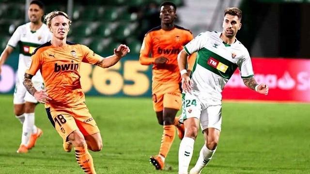 Soi kèo bóng đá trận Valencia vs Elche, 0:30 – 31/01/2021
