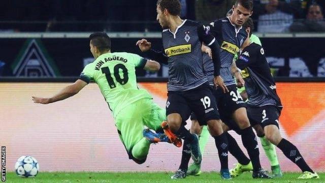 Soi kèo bóng đá trận B. Monchengladbach vs Manchester City, 3h00 – 25/02/2021