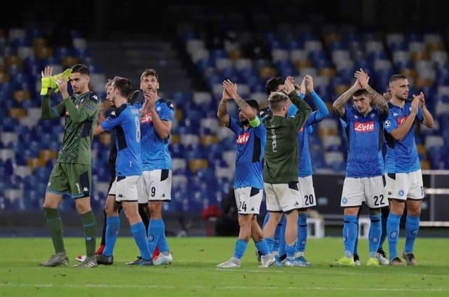 Soi kèo bóng đá trận Napoli vs Granada CF, 0h55 – 26/02/2021