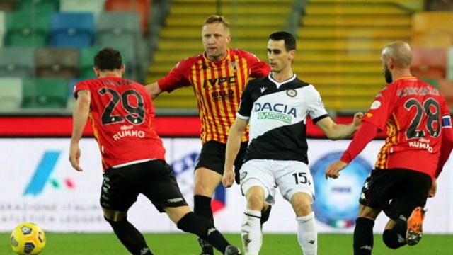 Soi kèo bóng đá trận Benevento vs Udinese, 17h30 – 25/04/2021