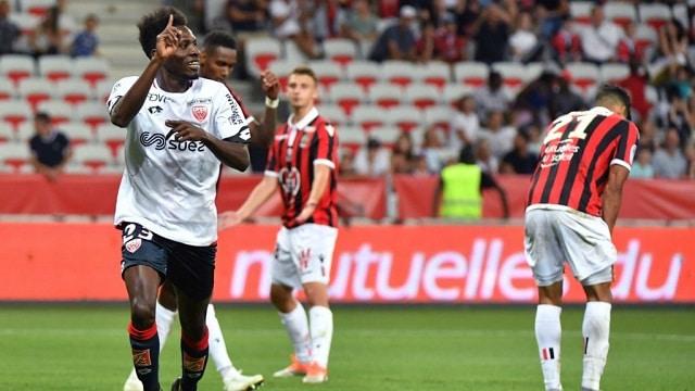 Soi kèo bóng đá trận Dijon vs Nice, 20h00 – 18/04/2021