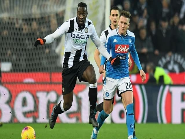 Soi kèo bóng đá trận Napoli vs Udinese, 01:45 – 12/05/2021