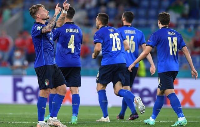 Soi kèo bóng đá trận Ý vs Bỉ, 2:00 – 03/07/2021