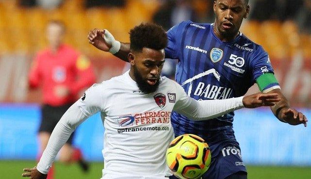 Soi kèo bóng đá trận Clermont vs Troyes, 20:00 – 15/07/2021